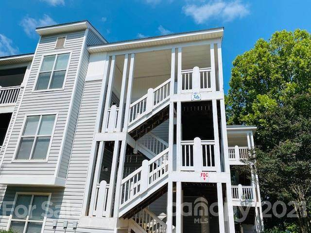 36 Hamiltons Harbor Drive #720, Lake Wylie, SC 29710 (#3753699) :: Lake Wylie Realty