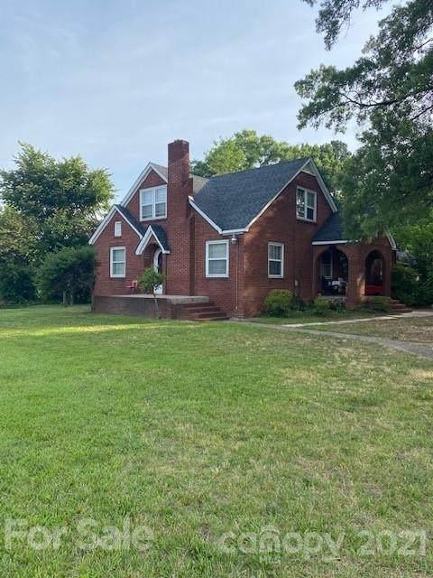 3732 Freedom Drive, Charlotte, NC 28208 (#3754156) :: Homes Charlotte