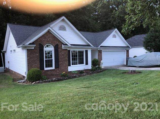 9012 English Saddle Road, Charlotte, NC 28273 (#3754225) :: Home and Key Realty