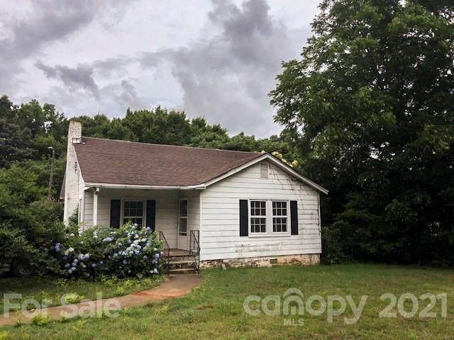 303 Lowell Avenue, Cramerton, NC 28032 (#3754715) :: Willow Oak, REALTORS®
