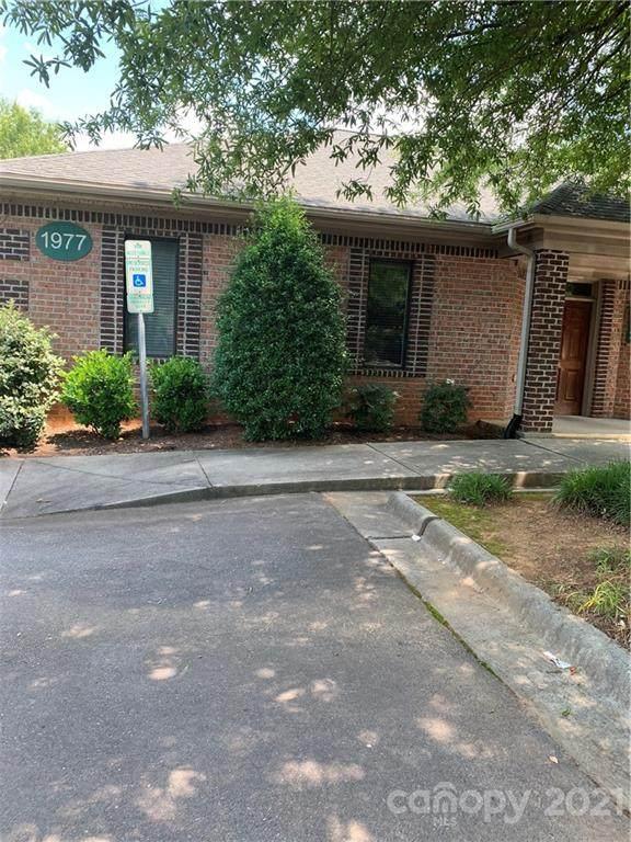 1977 J N Pease Place, Charlotte, NC 28262 (#3754733) :: Willow Oak, REALTORS®
