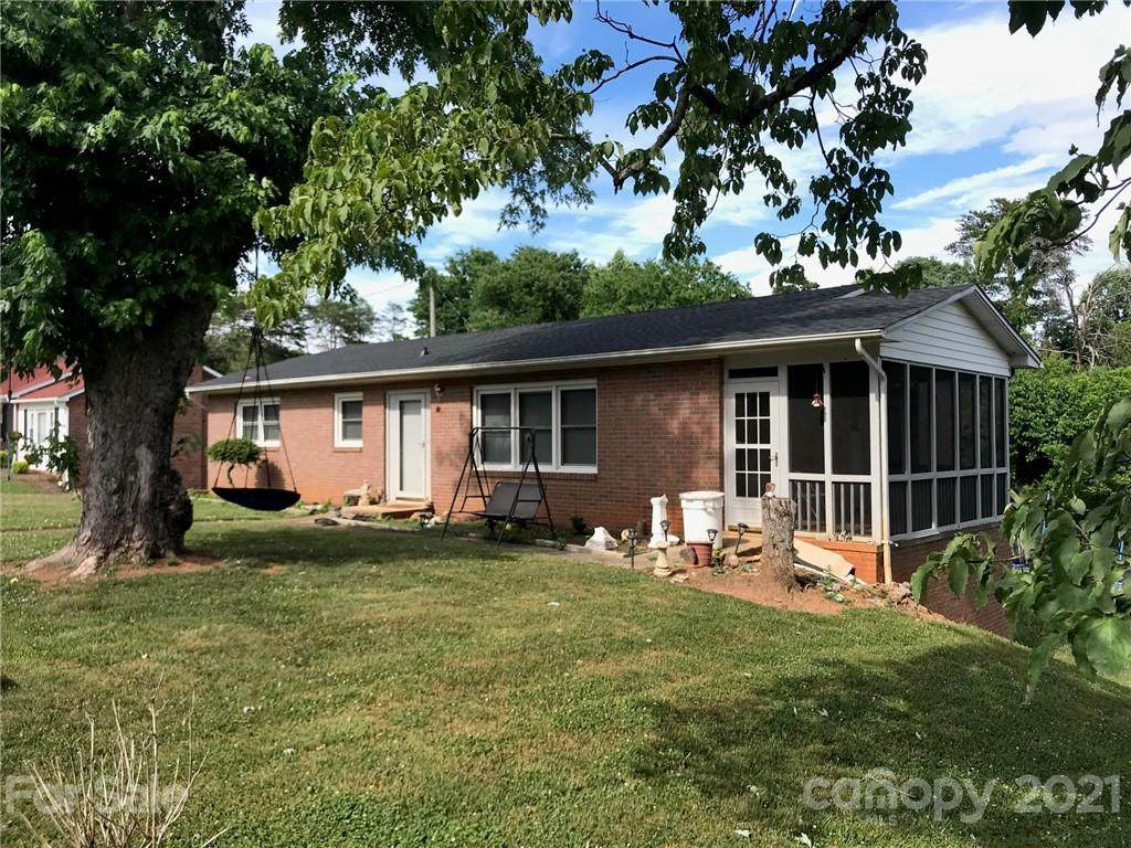 118 Whitley Road - Photo 1