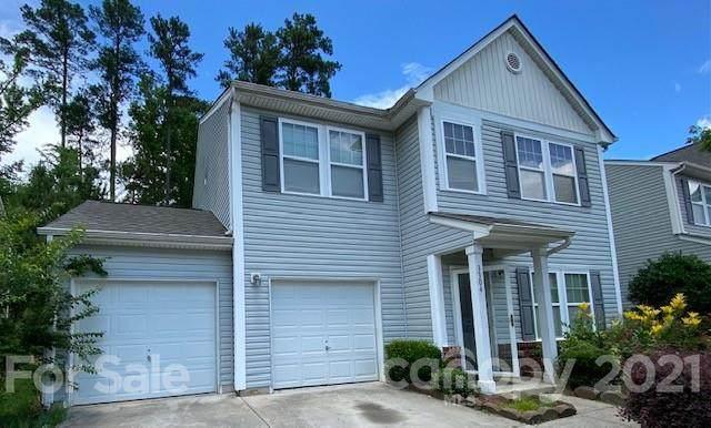 3304 Lemongrass Lane, Charlotte, NC 28214 (#3756585) :: MartinGroup Properties