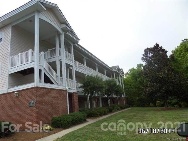 8963 Meadow Vista Road, Charlotte, NC 28213 (#3757159) :: Bigach2Follow with Keller Williams Realty