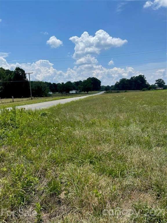 2587 Wood Road - Photo 1