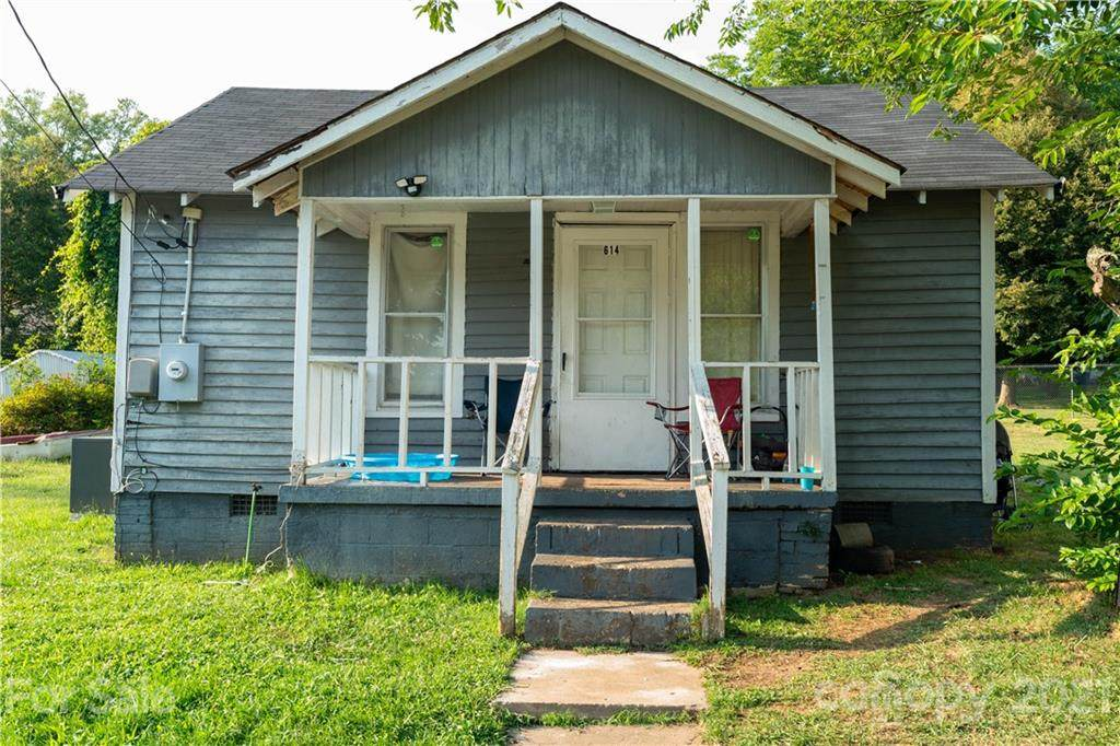 614 Goldsboro Avenue - Photo 1