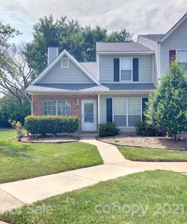 8257 Golf Ridge Drive, Charlotte, NC 28277 (#3761167) :: Stephen Cooley Real Estate Group