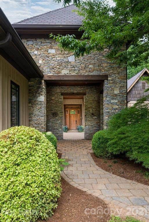 330 Sabre Lily Lane, Columbus, NC 28722 (#3761943) :: MartinGroup Properties
