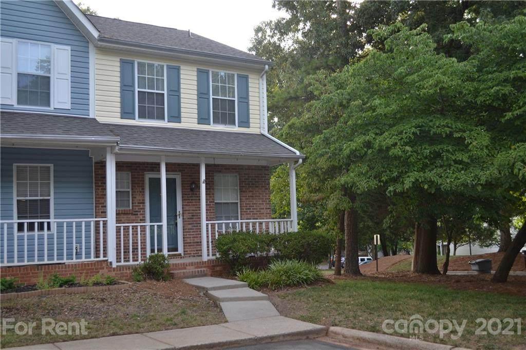 8140 Circle Tree Lane - Photo 1
