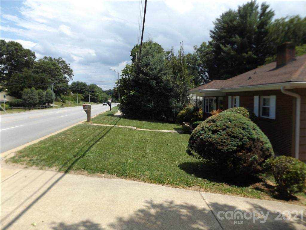 262 New Leicester Highway - Photo 1