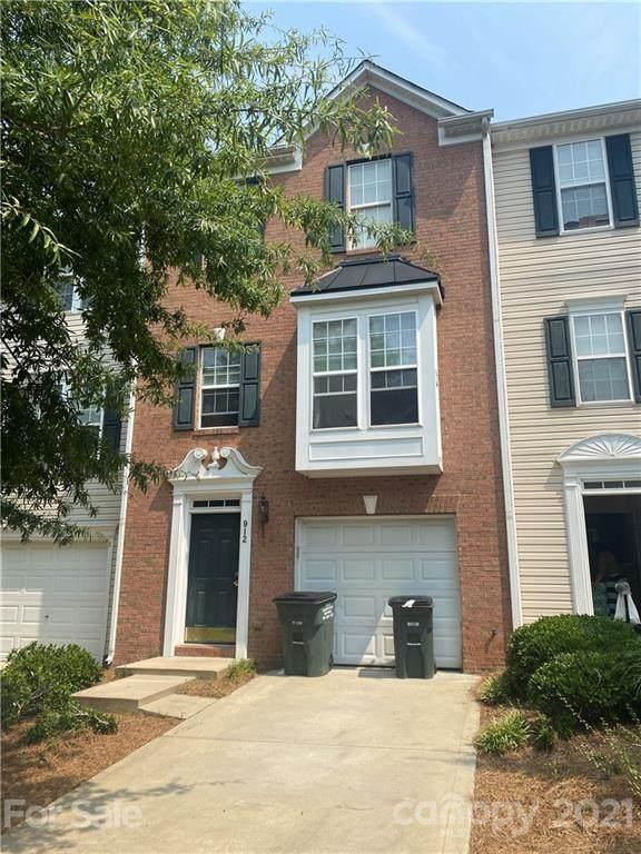 912 Tiger Lane, Charlotte, NC 28262 (#3765342) :: LePage Johnson Realty Group, LLC