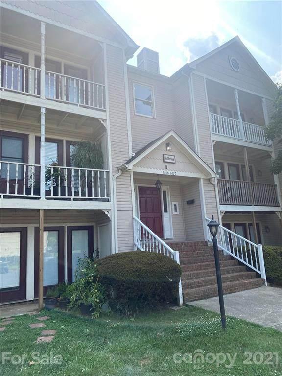 6166 Meadow Rose Lane Unit J, Charlotte, NC 28215 (#3765696) :: Expert Real Estate Team