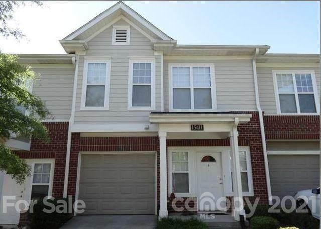 15411 Saint Court, Charlotte, NC 28277 (#3766095) :: Scarlett Property Group
