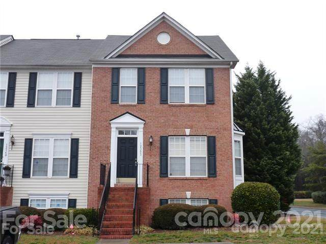 12353 Verdant Court, Charlotte, NC 28273 (#3766302) :: High Vistas Realty