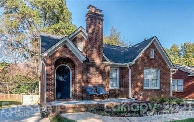 624 Walnut Avenue, Charlotte, NC 28208 (#3766682) :: Willow Oak, REALTORS®