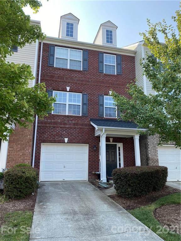 9807 Walkers Glen Drive, Concord, NC 28027 (#3767717) :: Cloninger Properties