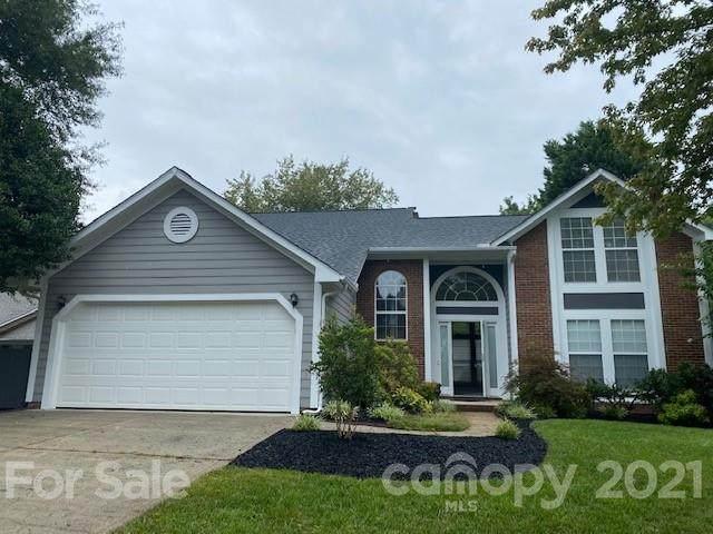 6720 Flat Creek Drive #32, Charlotte, NC 28277 (#3769174) :: Willow Oak, REALTORS®