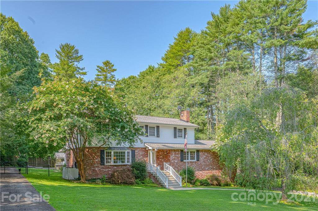 524 French Broad Street - Photo 1