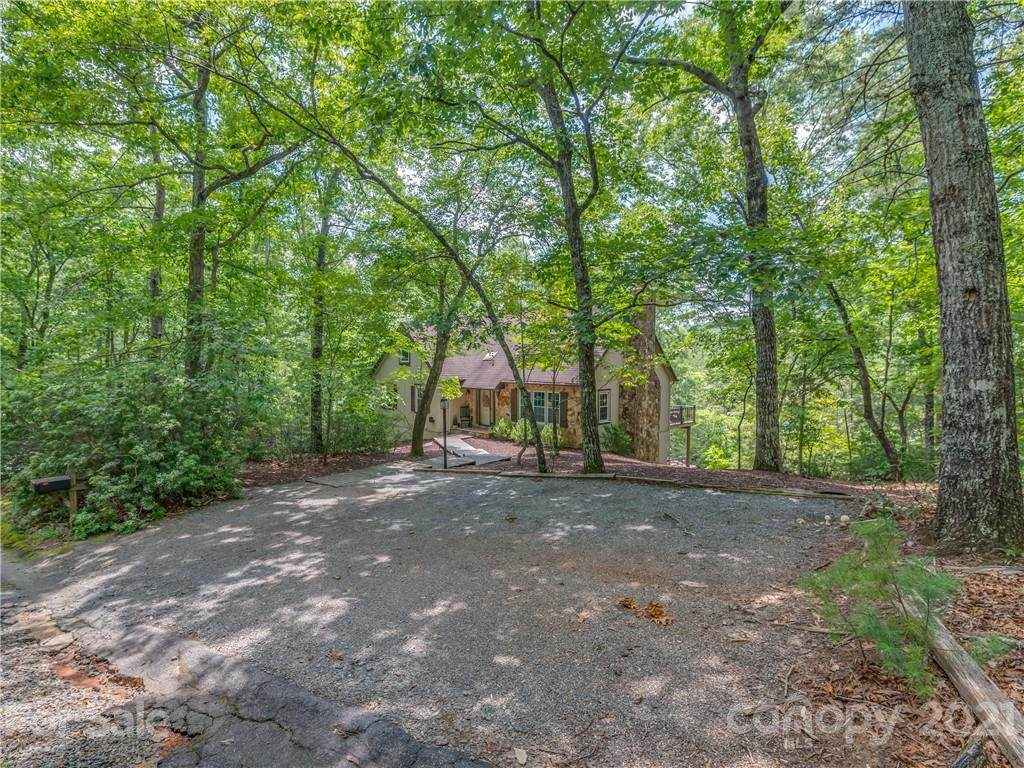 131 Forest Way - Photo 1