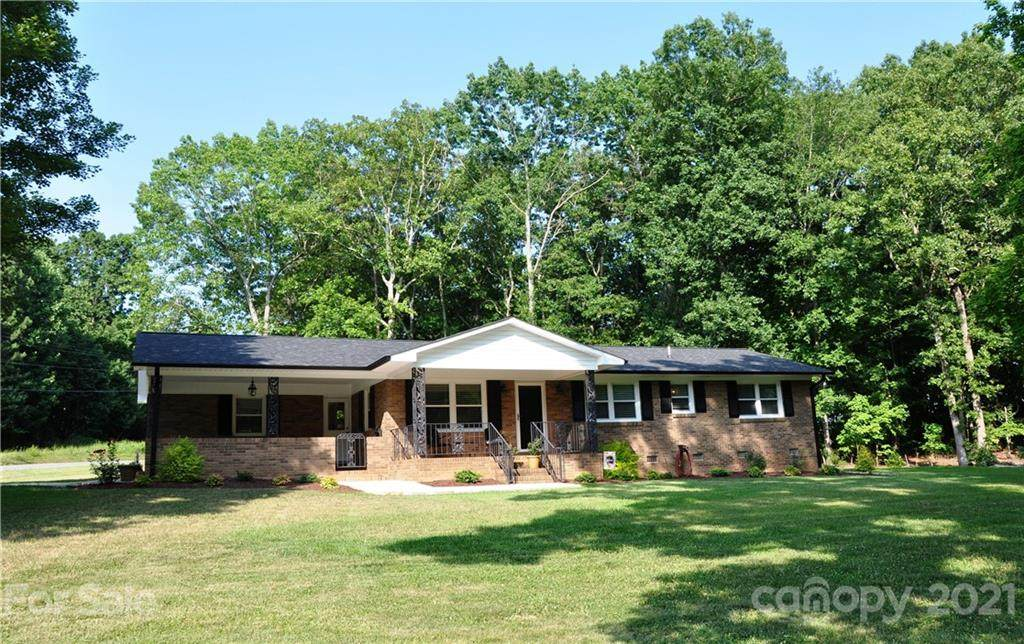 1413 Hill Road - Photo 1