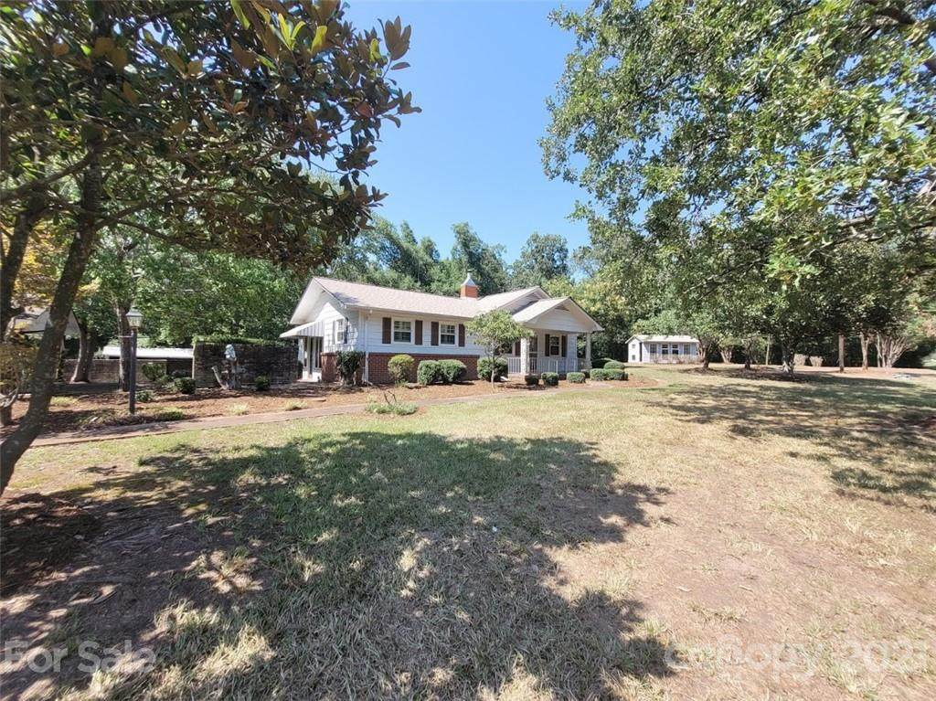 2586 Ansonville Polkton Road - Photo 1