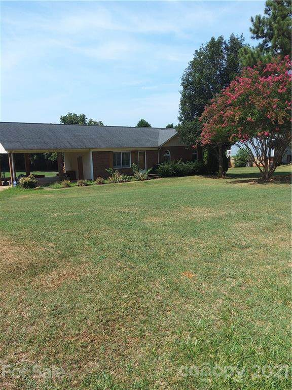 2547 Nc 182 Highway, Lincolnton, NC 28092 (#3771767) :: The Ordan Reider Group at Allen Tate