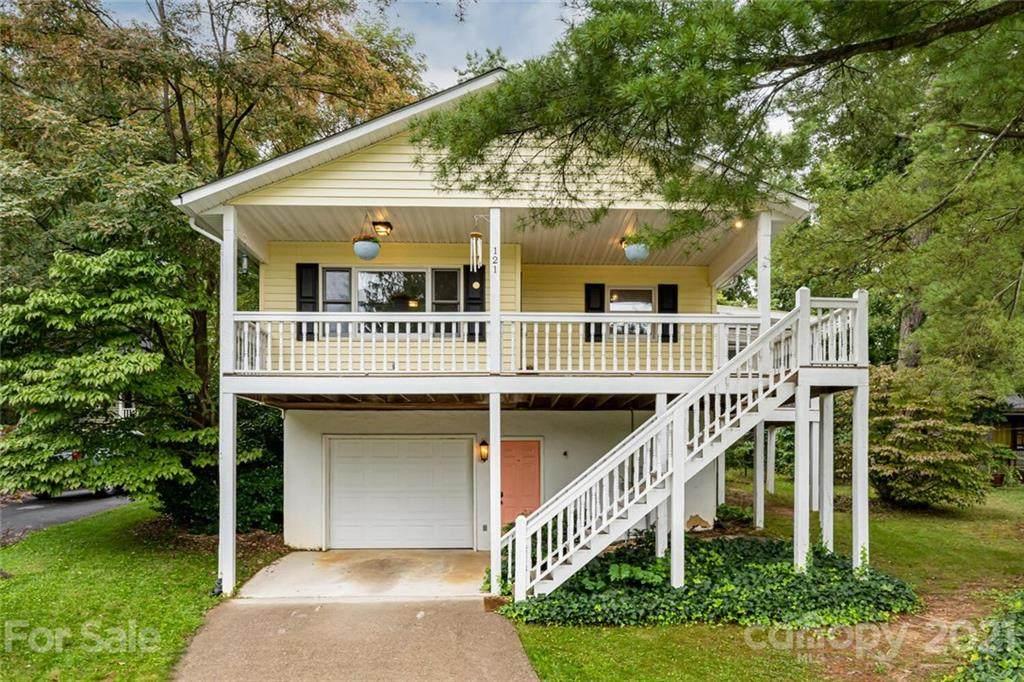 121 Oak Terrace - Photo 1