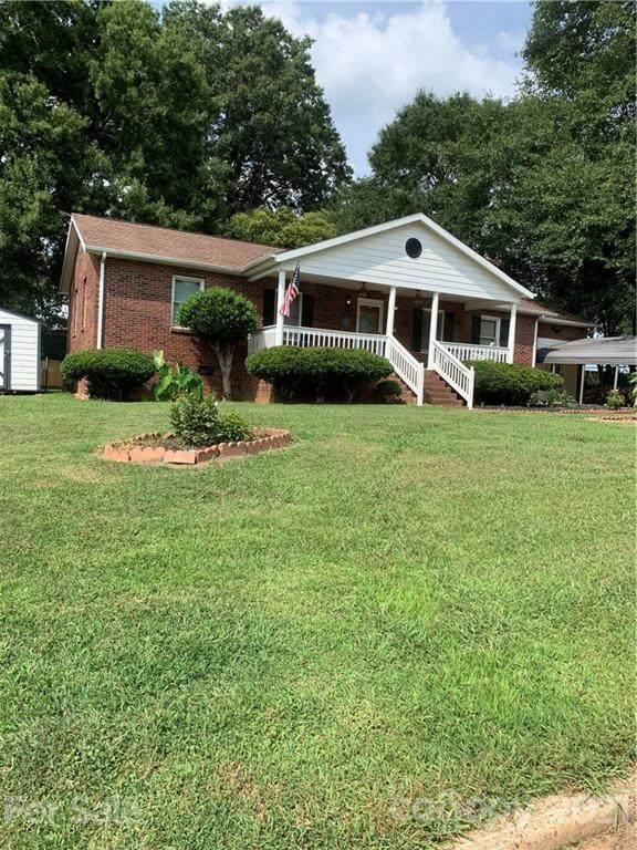 405 E Tennessee Avenue E, Bessemer City, NC 28016 (#3772302) :: BluAxis Realty