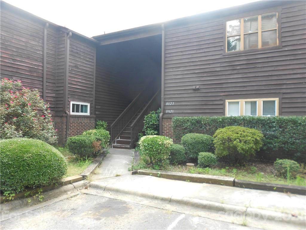 8021 Cedar Glen Drive - Photo 1