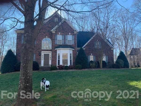 1401 Highland Ridge Court, Matthews, NC 28104 (#3773867) :: BluAxis Realty