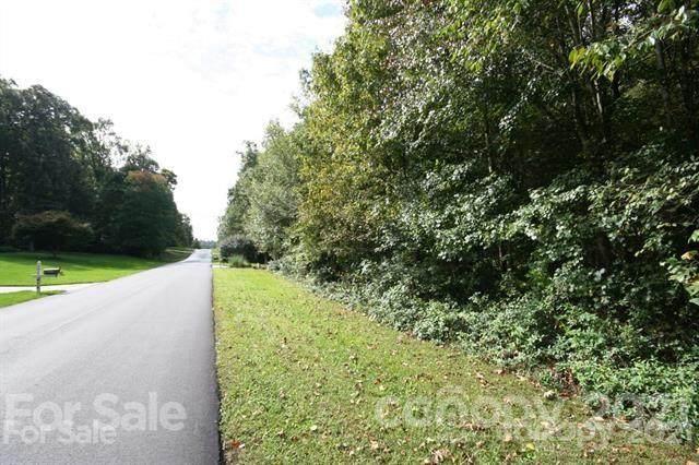 425 Seven Springs Loop, Statesville, NC 28625 (#3775716) :: LePage Johnson Realty Group, LLC