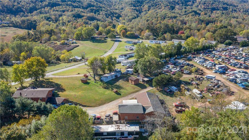 416 Dix Creek Road - Photo 1