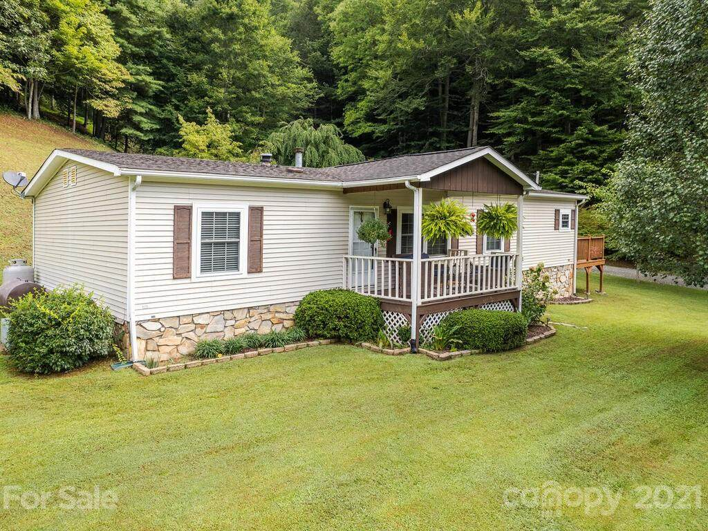 942 Fisher Branch Road - Photo 1