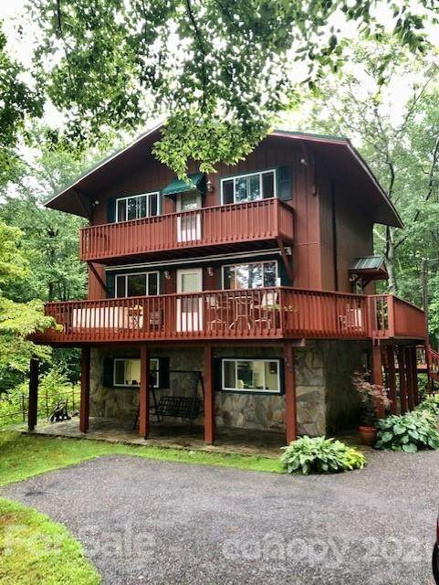 344 Laurel Ridge Drive, Spruce Pine, NC 28777 (#3782677) :: Besecker & Maynard Group
