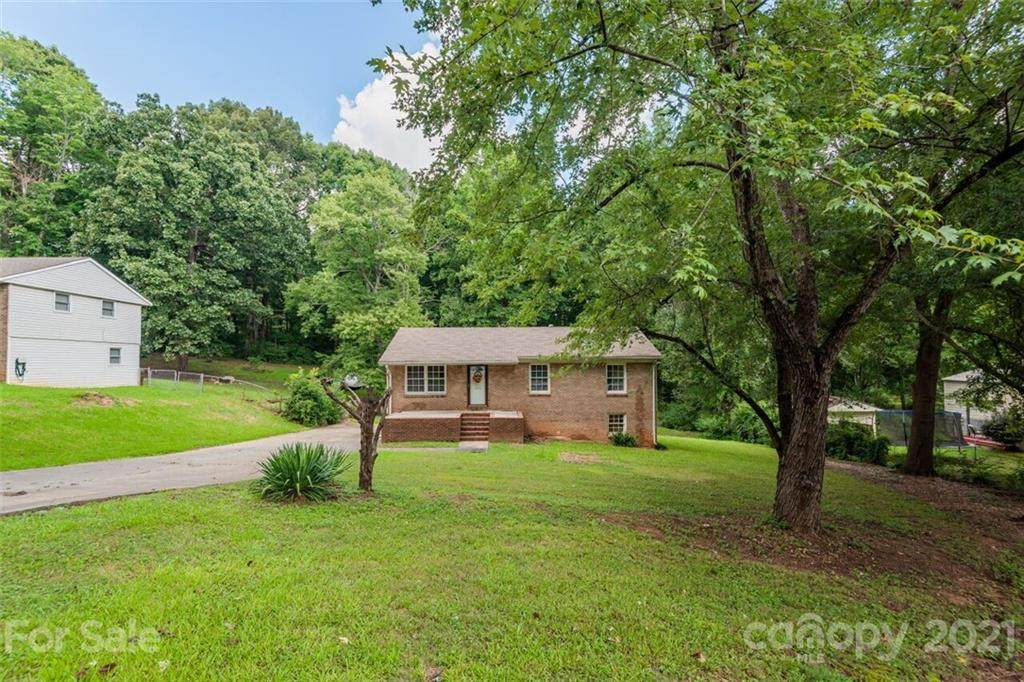 1010 Holly Hills Drive - Photo 1
