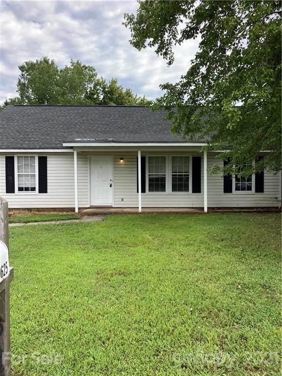 9625 Farmridge Lane, Matthews, NC 28105 (#3784016) :: Briggs American Homes