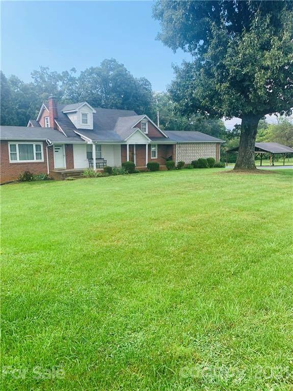 4111 Three Forks Church Road, Taylorsville, NC 28681 (#3784185) :: Carver Pressley, REALTORS®