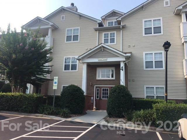 17139 Doe Valley Court #17139, Cornelius, NC 28031 (#3785608) :: Cloninger Properties