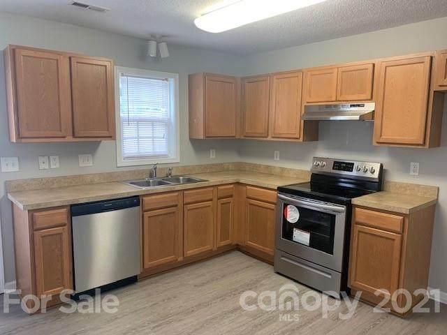 140 Locomotive Lane #102, Mooresville, NC 28115 (#3787104) :: The Premier Team at RE/MAX Executive Realty