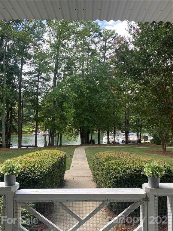 20123 Henderson Road G, Cornelius, NC 28031 (#3788263) :: High Performance Real Estate Advisors