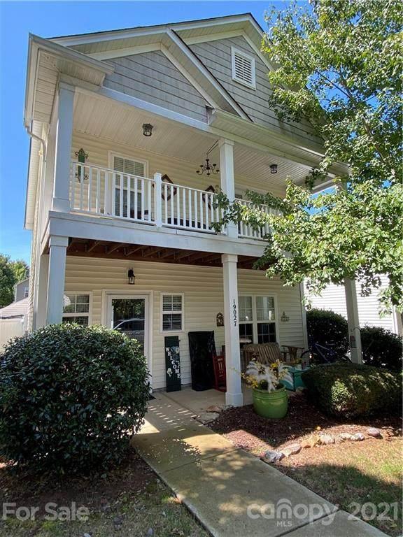 19027 Long Pond Lane, Cornelius, NC 28031 (#3789135) :: High Performance Real Estate Advisors