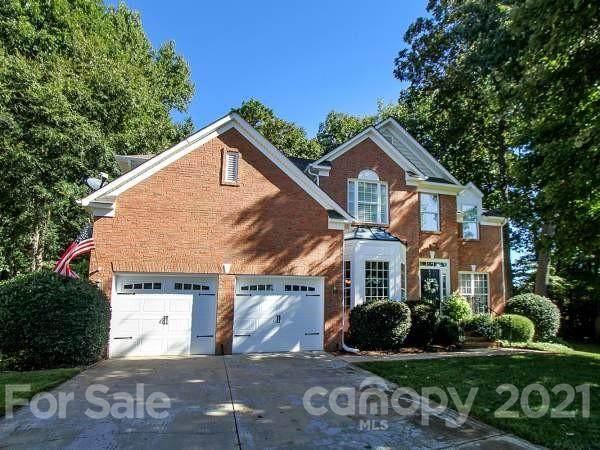 19500 Trintella Lane, Cornelius, NC 28031 (#3789426) :: MOVE Asheville Realty
