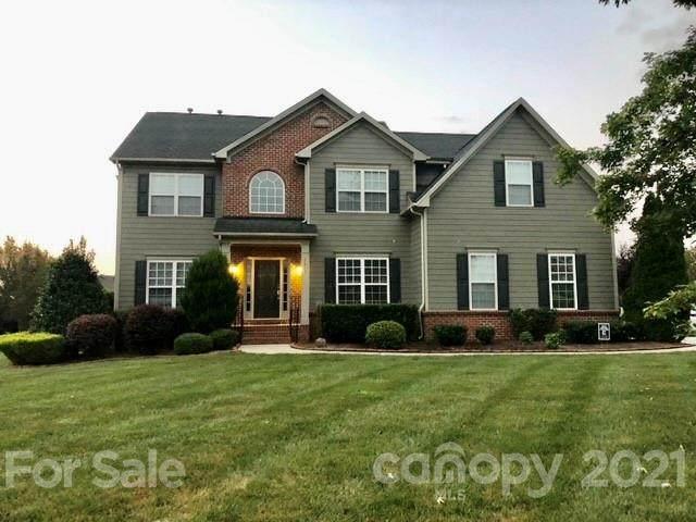 1407 Wynhurst Drive, Waxhaw, NC 28173 (#3789551) :: Homes Charlotte