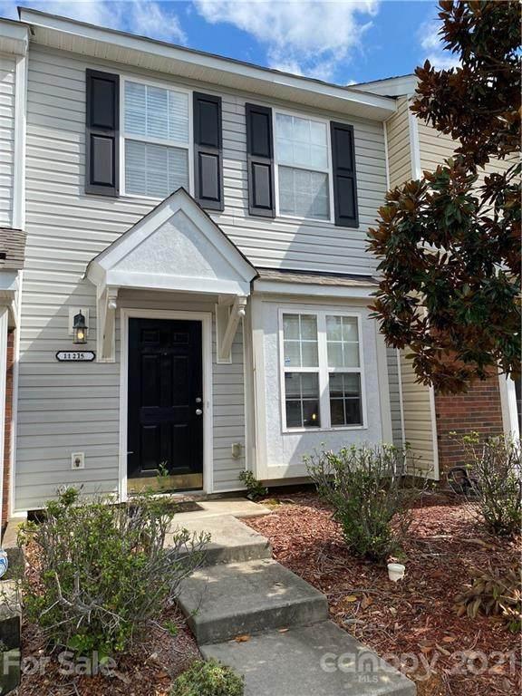11215 Grass Field Road, Charlotte, NC 28213 (#3789601) :: LePage Johnson Realty Group, LLC