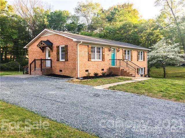 1200 Vickie Lane, Matthews, NC 28104 (#3792105) :: MartinGroup Properties