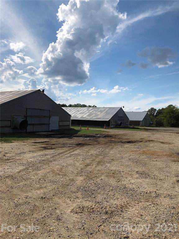 6483 Nc 109 Highway N, Wadesboro, NC 28170 (#3793853) :: Lake Wylie Realty