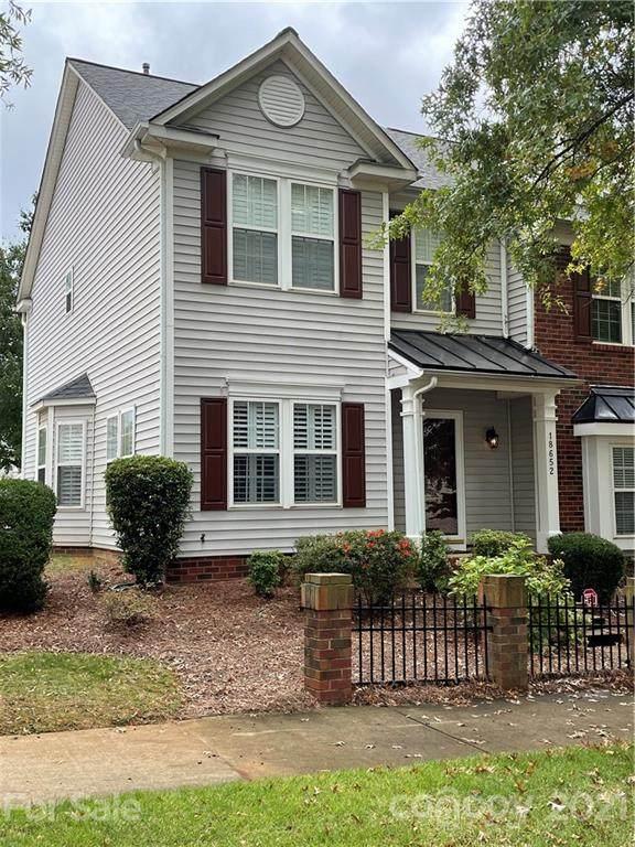 18652 Oakhurst Boulevard End Unit, Cornelius, NC 28031 (#3794286) :: Mossy Oak Properties Land and Luxury