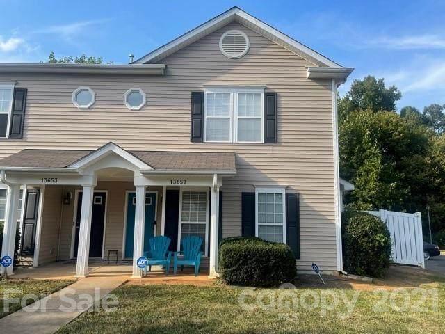 13657 Pinyon Pine Lane, Charlotte, NC 28215 (#3794551) :: LePage Johnson Realty Group, LLC