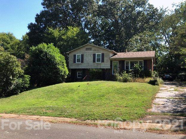 7101 Mapleridge Drive, Charlotte, NC 28210 (#3796091) :: Carlyle Properties