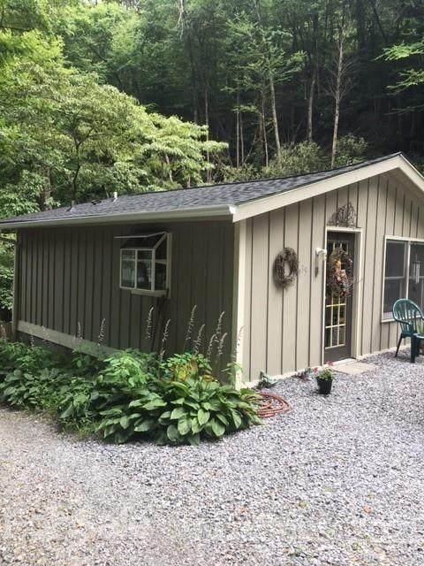 35 Snowy Cove Lane, Black Mountain, NC 28711 (#3797981) :: SearchCharlotte.com